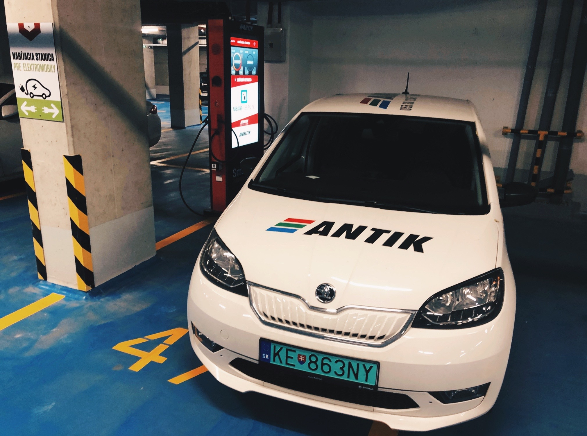 Create The Best E-Vehicle Charging Station Infrastructure | ANKIT
